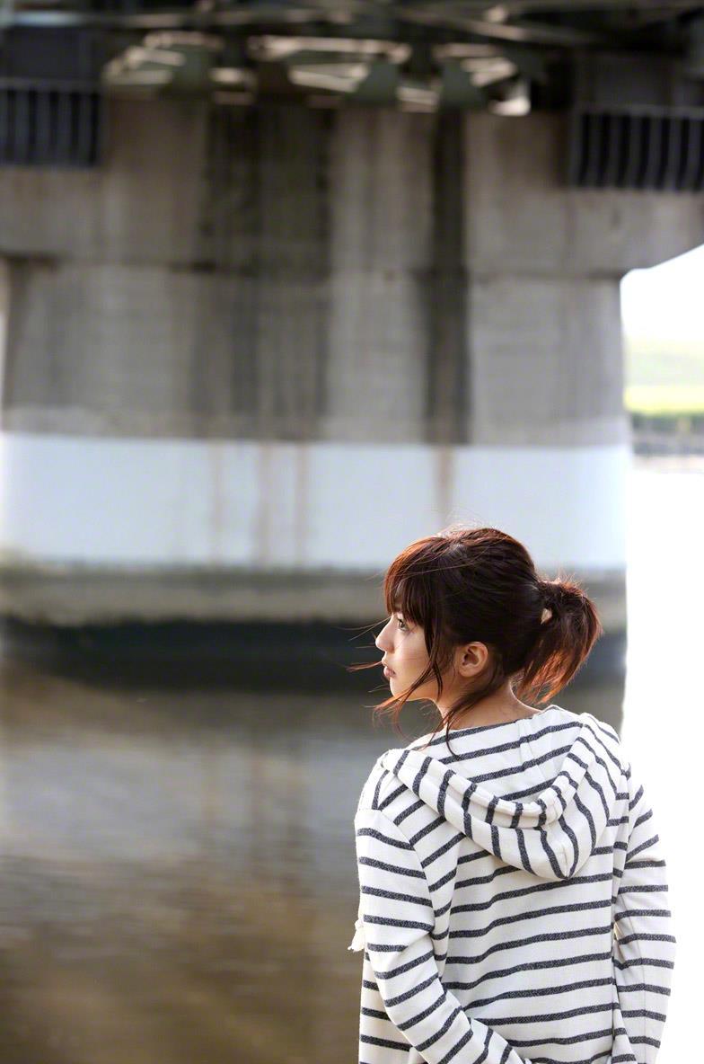 真野恵里菜 セクシー画像 56
