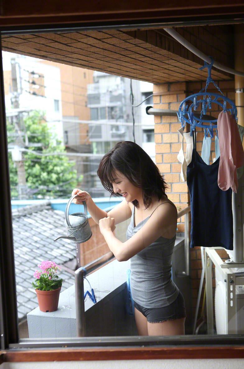 真野恵里菜 セクシー画像 78