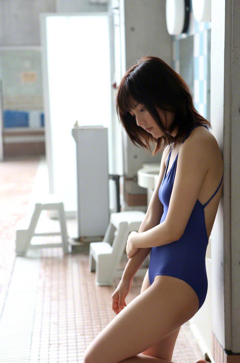 真野恵里菜 セクシー画像 86