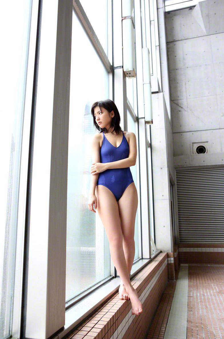 真野恵里菜 セクシー画像 95