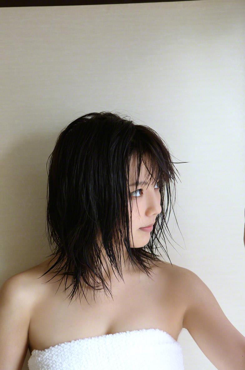 真野恵里菜 セクシー画像 138