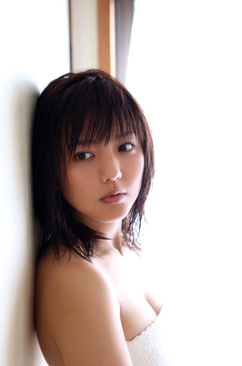 真野恵里菜 セクシー画像 141