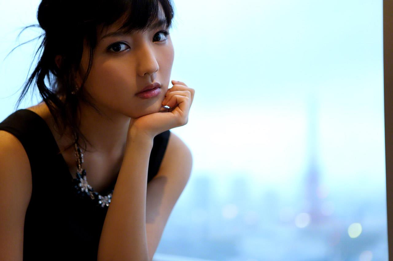 真野恵里菜 セクシー画像 144