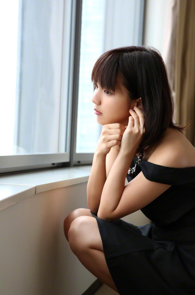 真野恵里菜 セクシー画像 149
