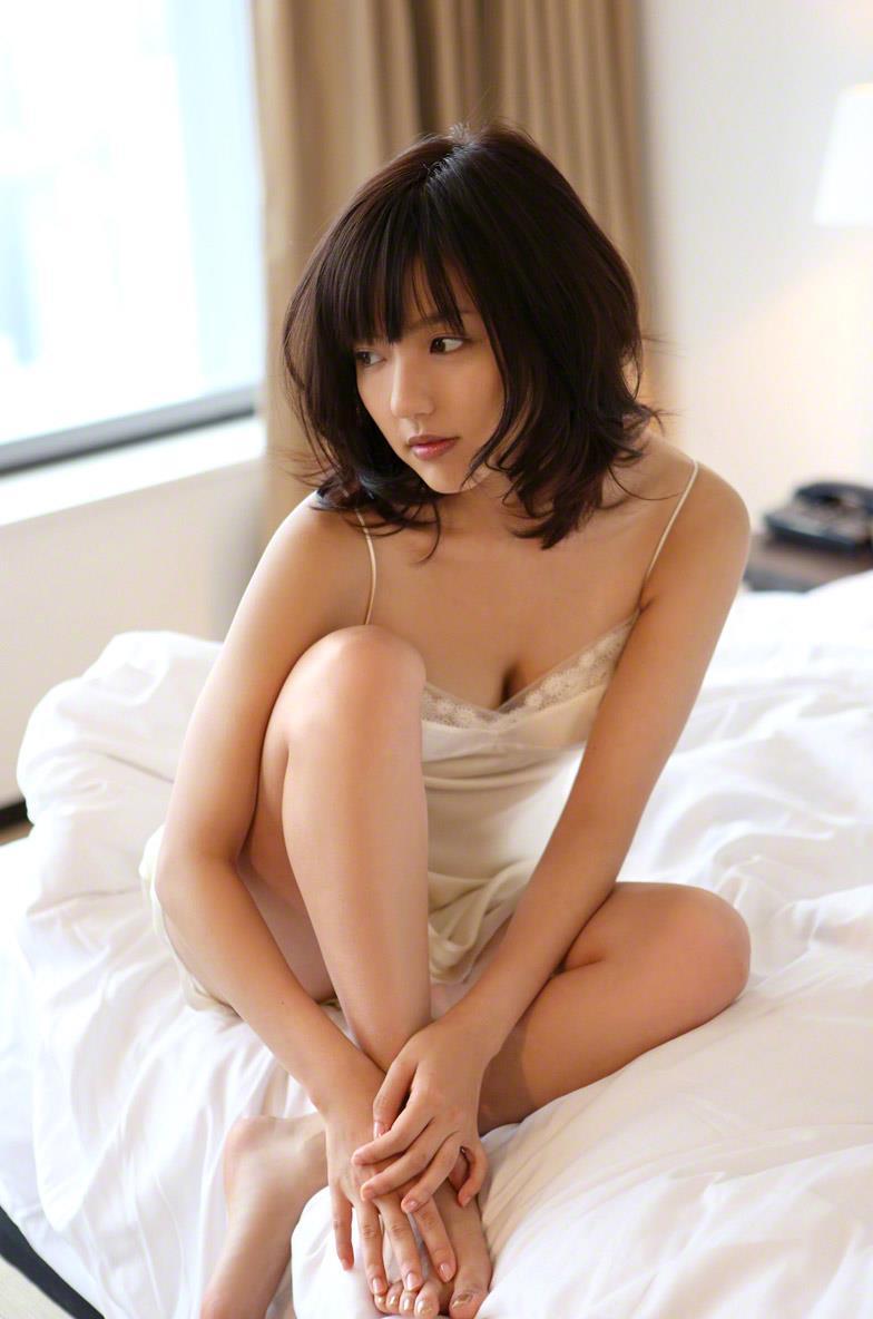 真野恵里菜 セクシー画像 154