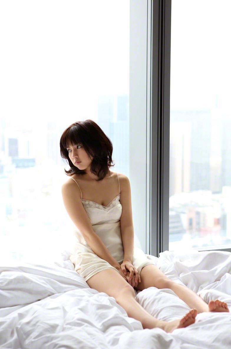 真野恵里菜 セクシー画像 164