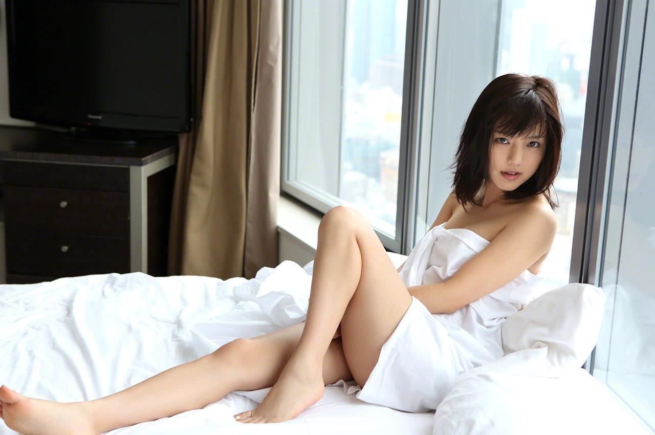 真野恵里菜 セクシー画像 176
