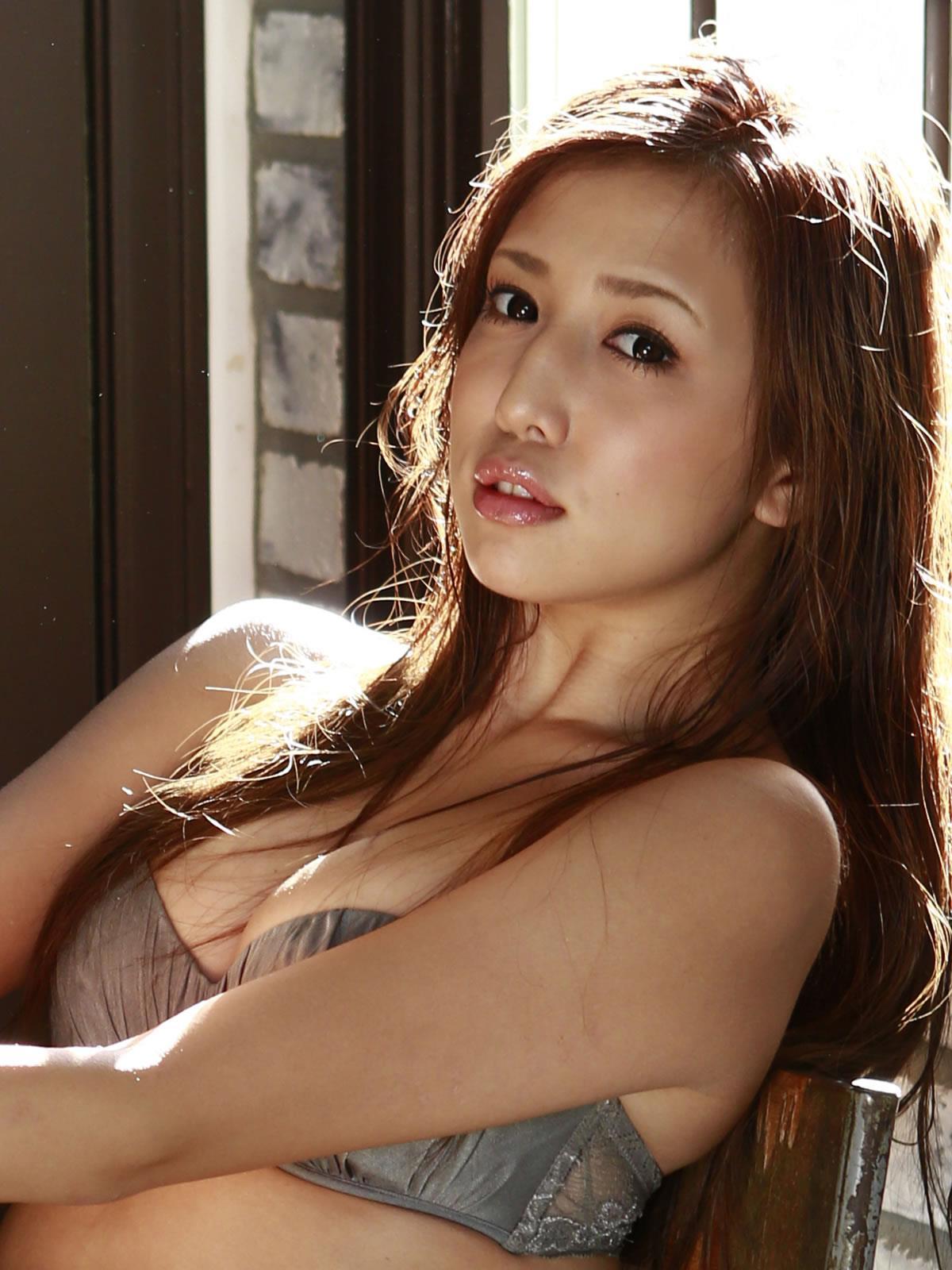 丸高愛実 セクシー画像 36