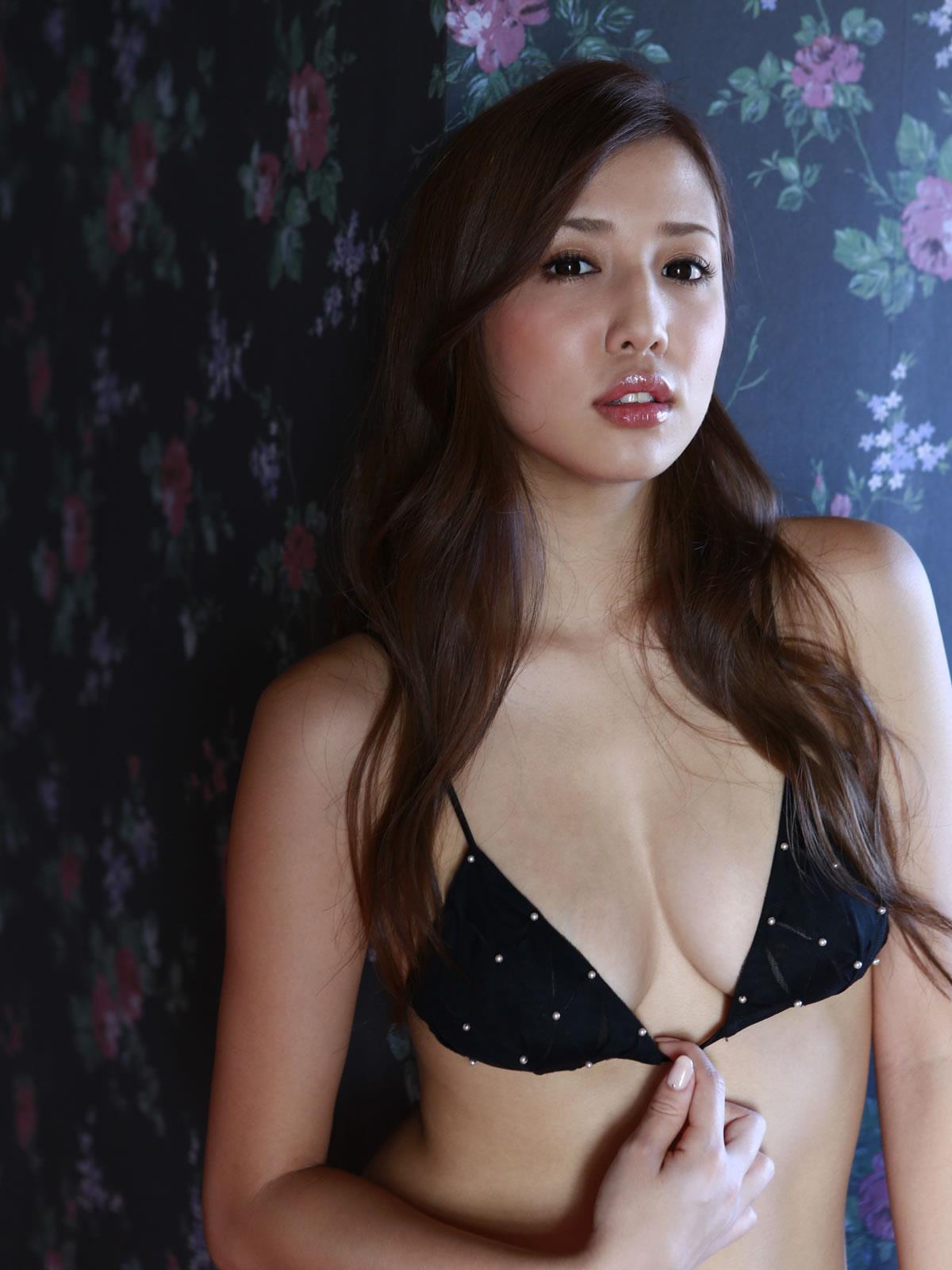 丸高愛実 セクシー画像 58