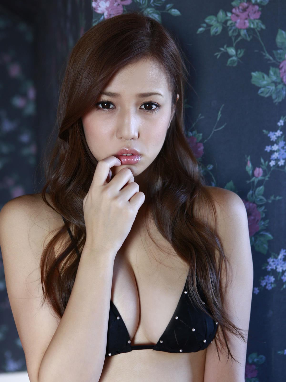 丸高愛実 セクシー画像 62