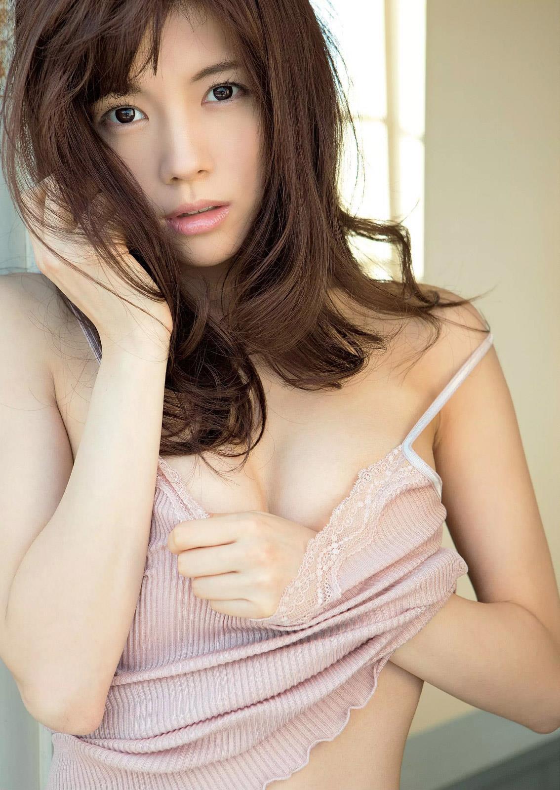 松川佑依子 画像