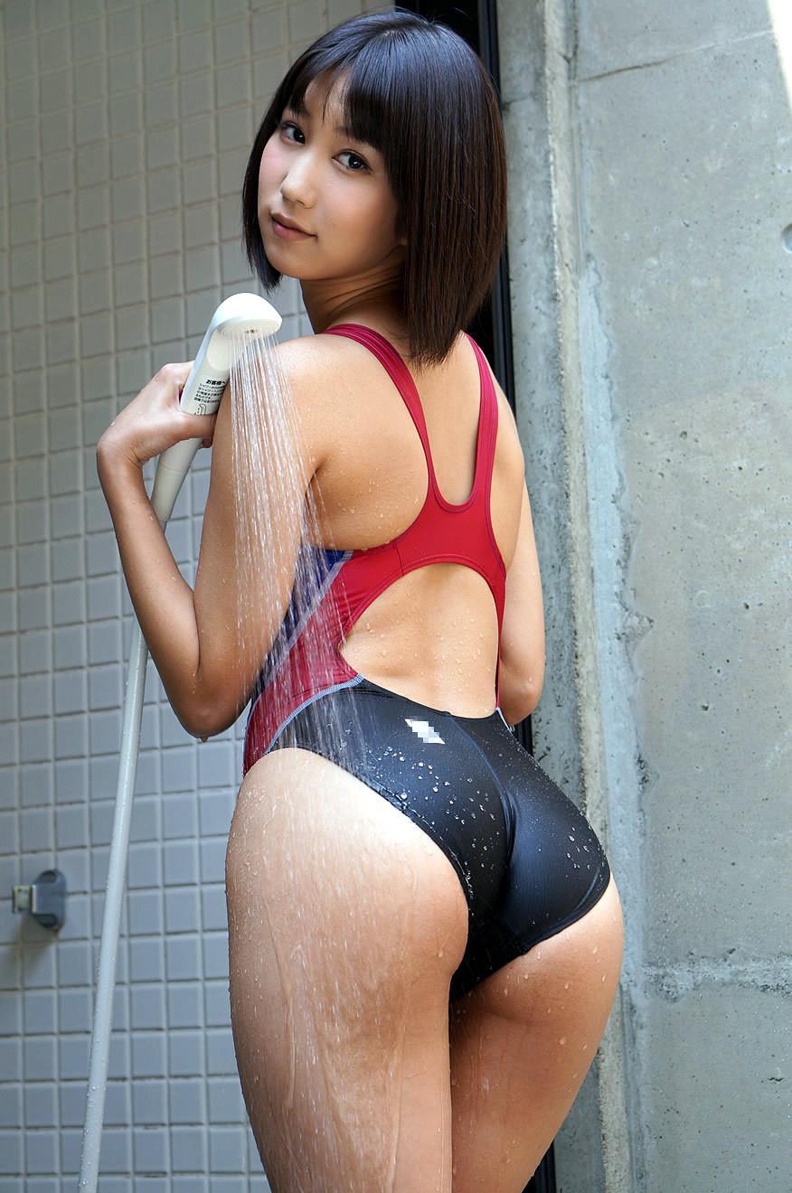 湊莉久 競泳水着エロ画像 25