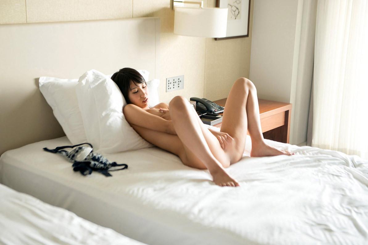 湊莉久 エロ画像 62