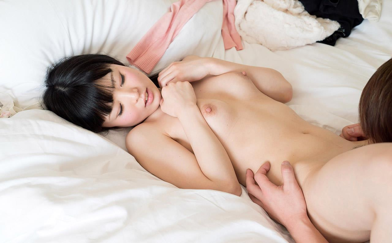 童顔女子のフェラ顔が抜けるAV女優なごみエロ画像