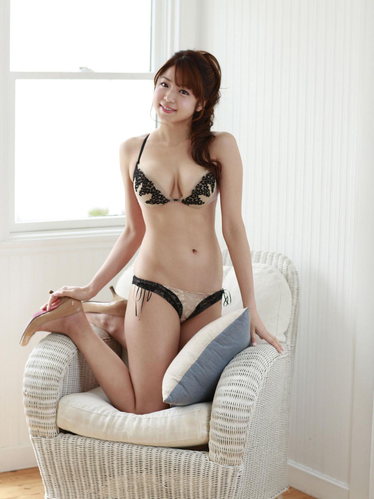 中村静香 画像 47