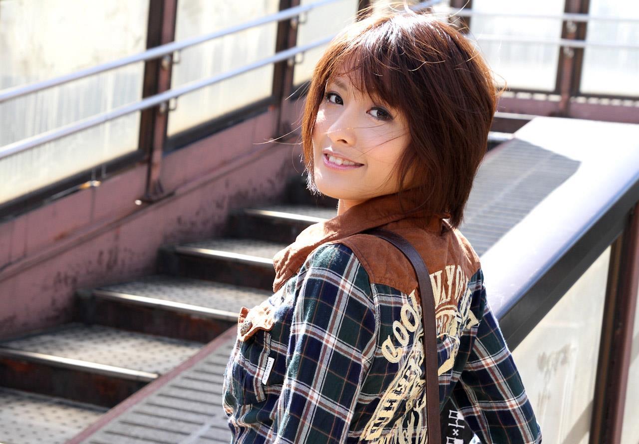 夏目優希 エロ画像 9