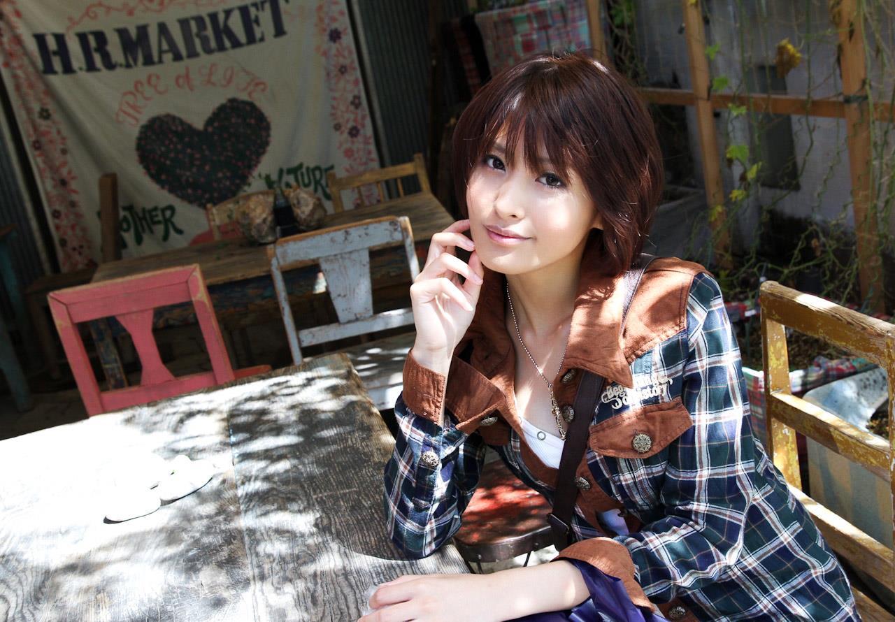 夏目優希 エロ画像 16