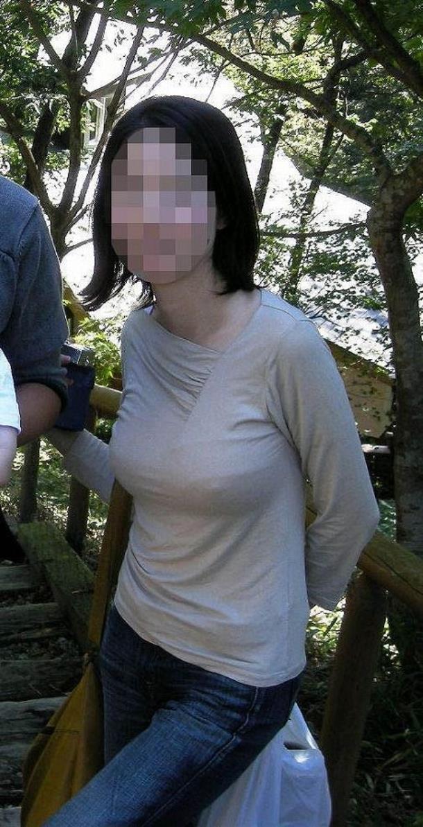 乳首透け画像 31