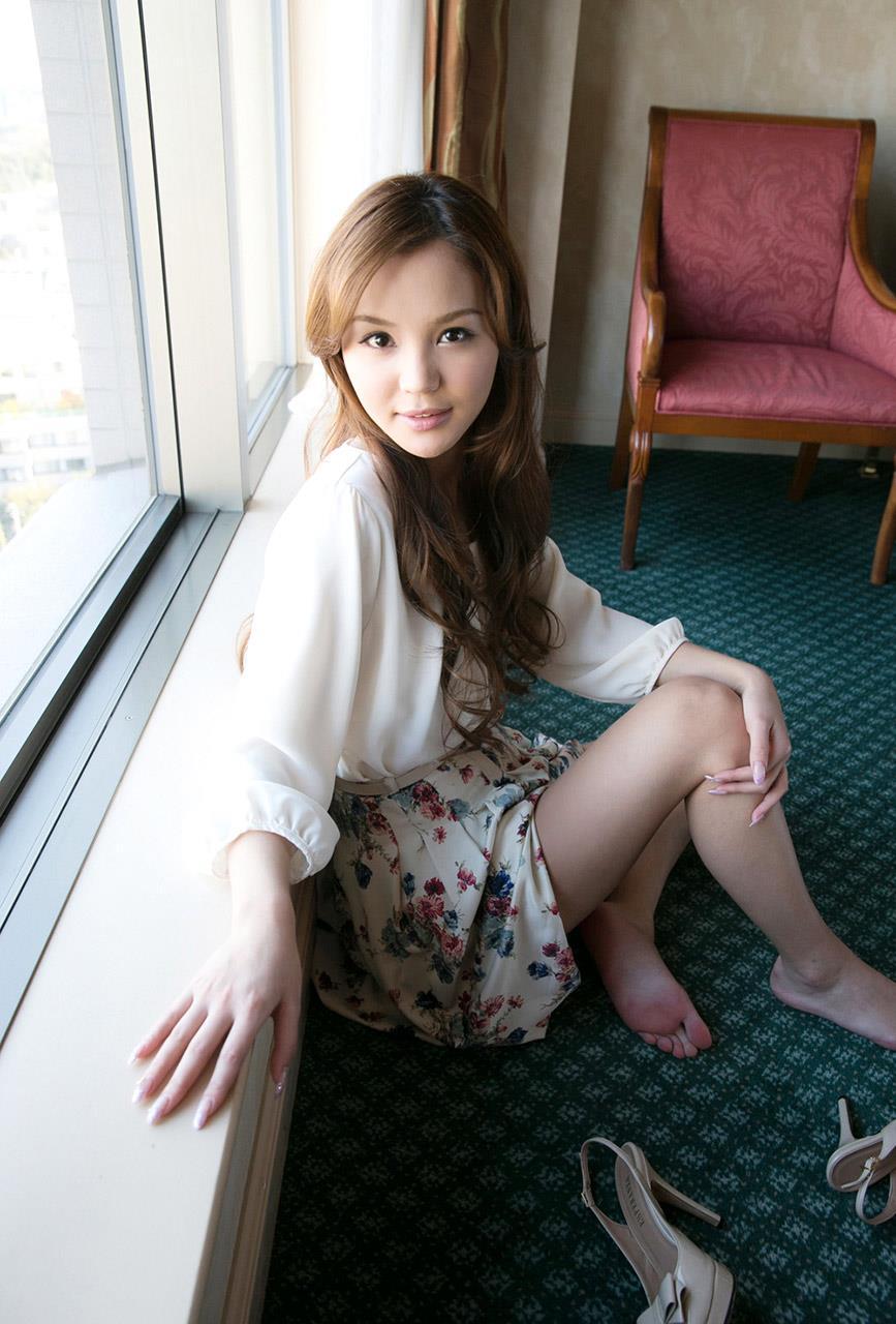 丘咲エミリ エロ画像 21