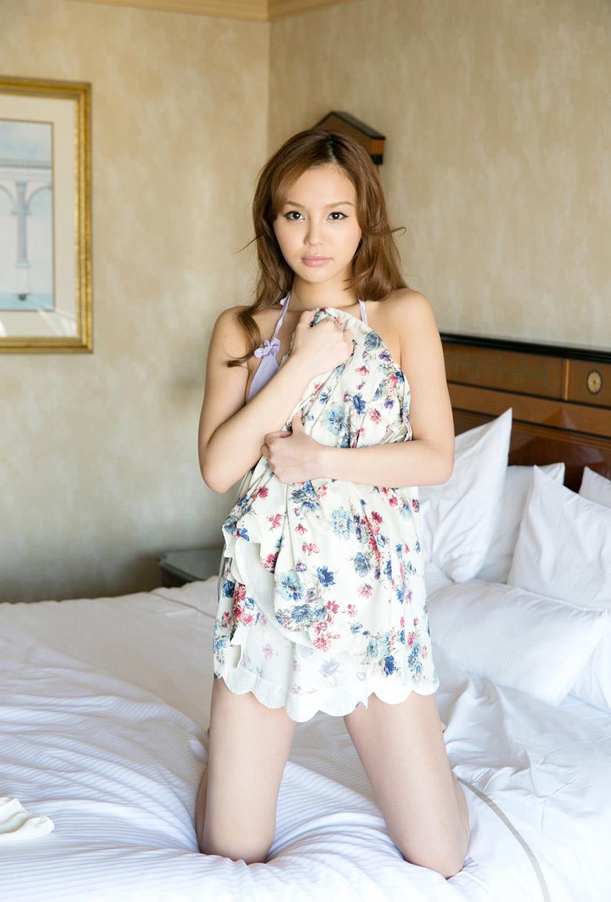 丘咲エミリ エロ画像 28