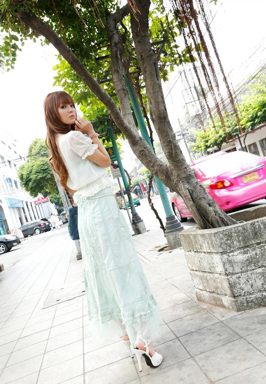 丘咲エミリ エロ画像 3