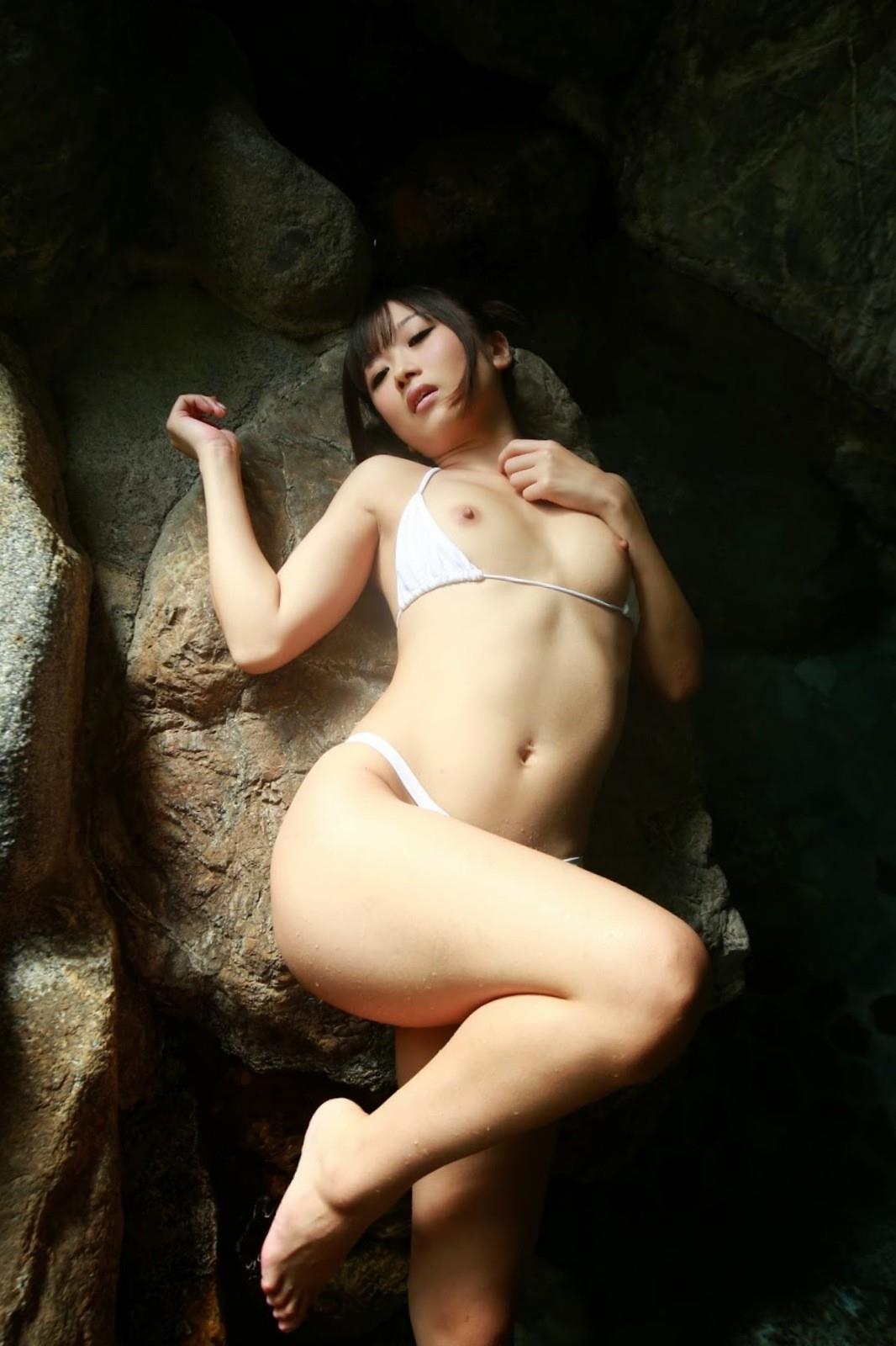 大槻ひびき ヌード画像 17