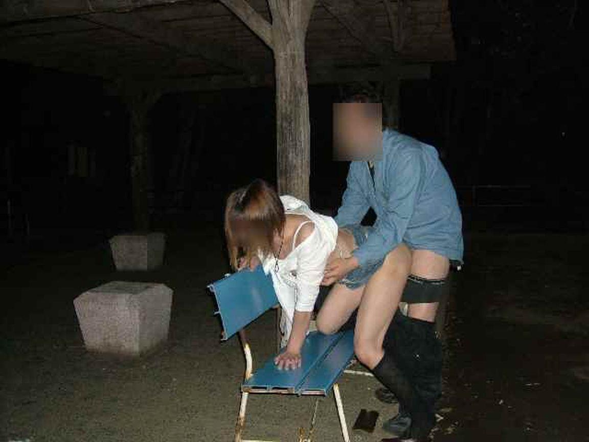 野外セックス 画像 15