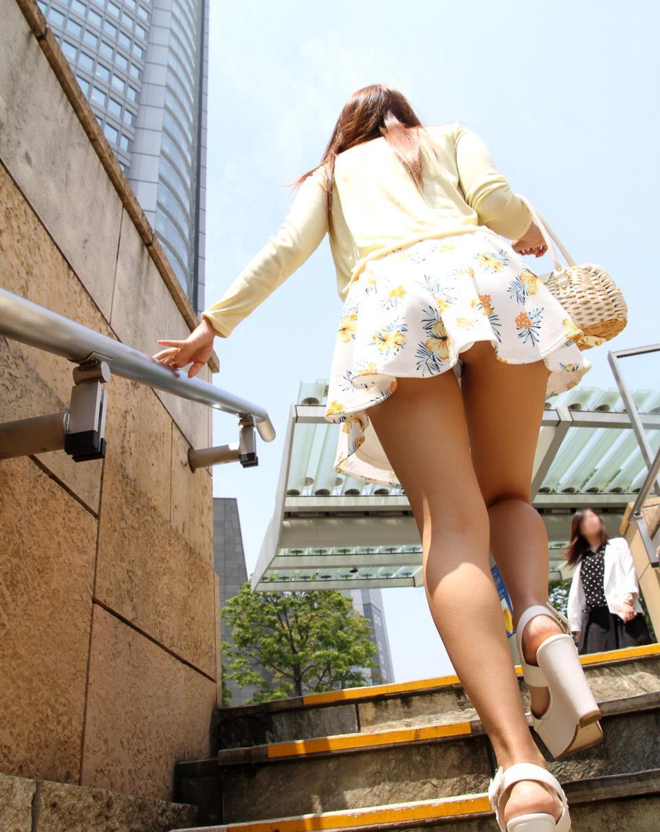 佐々木玲奈 着衣セックス画像 2
