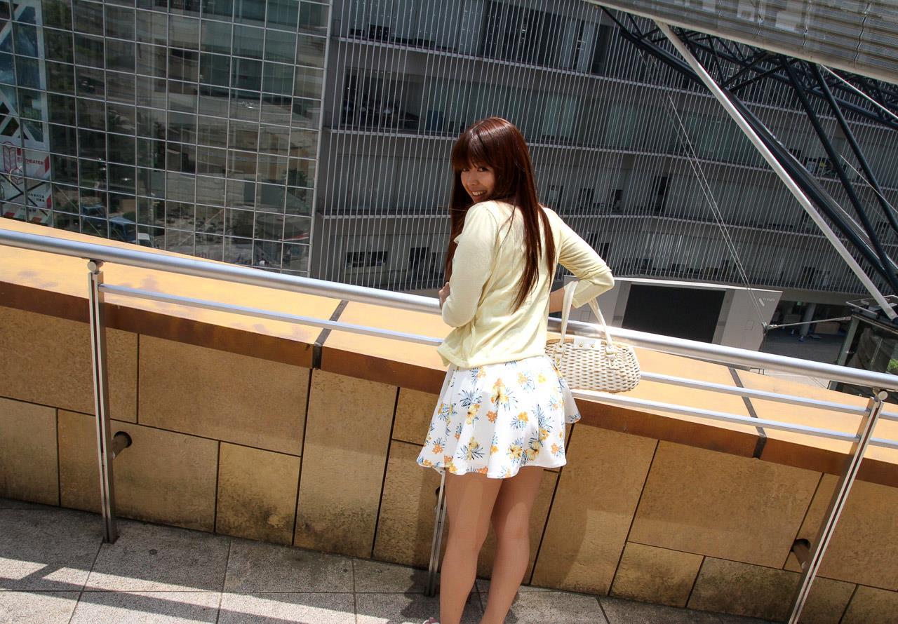 佐々木玲奈 着衣セックス画像 9
