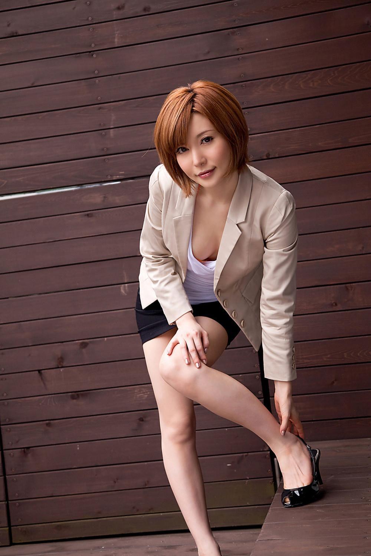 里美ゆりあ(小泉彩) セクシー画像 1