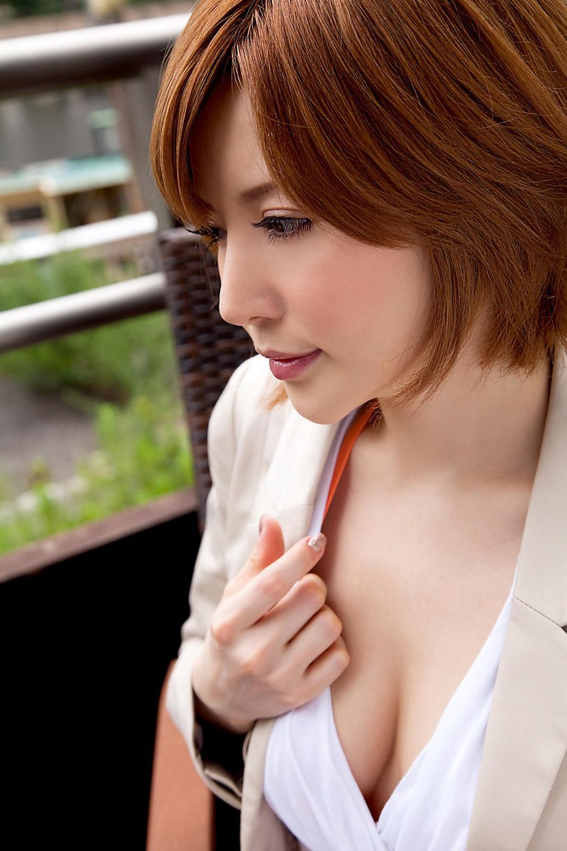 里美ゆりあ(小泉彩) セクシー画像 10