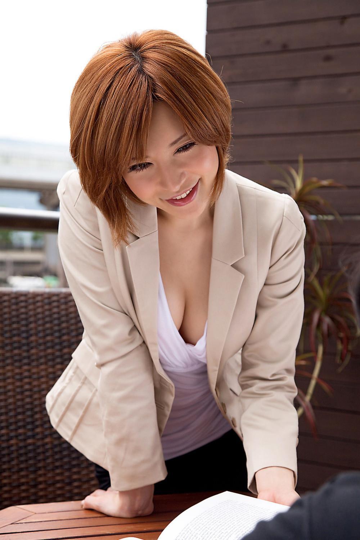里美ゆりあ(小泉彩) セクシー画像 15