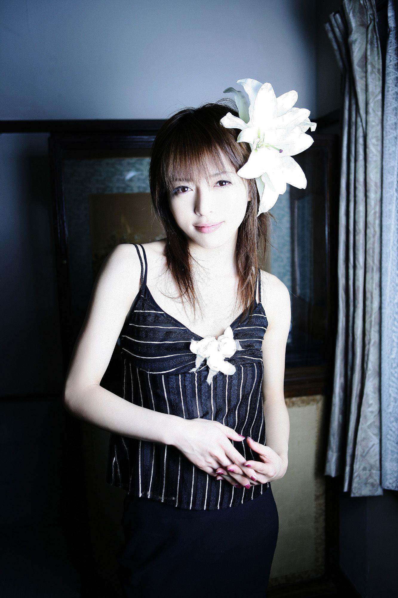 釈由美子 エロ画像 8
