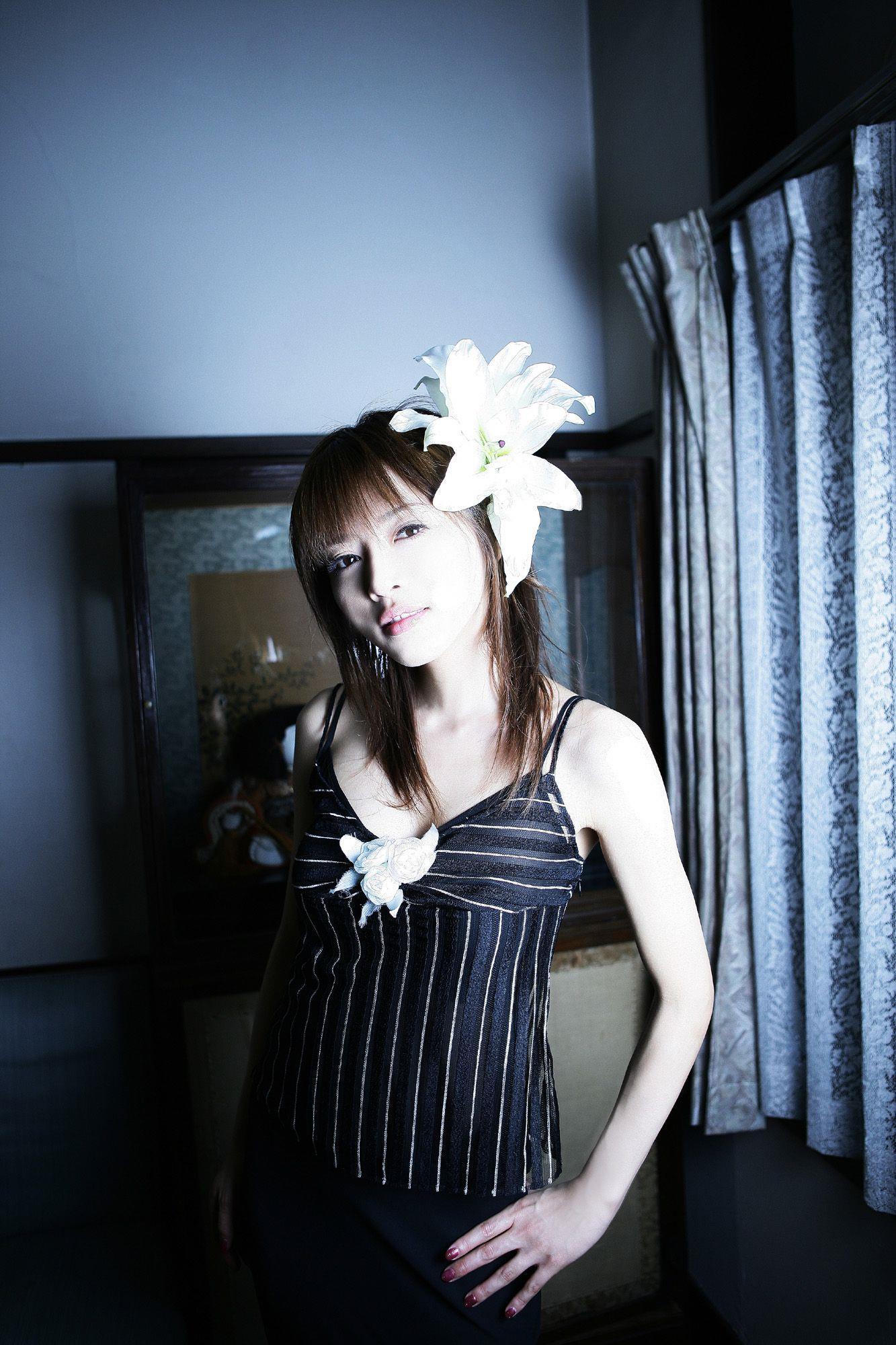 釈由美子 エロ画像 11