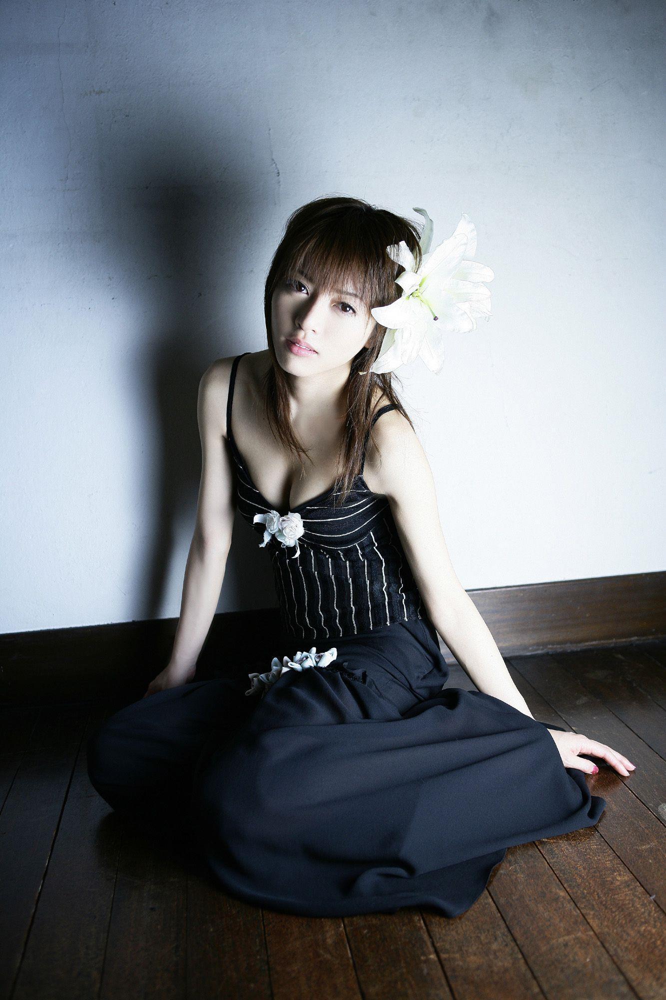 釈由美子 エロ画像 13