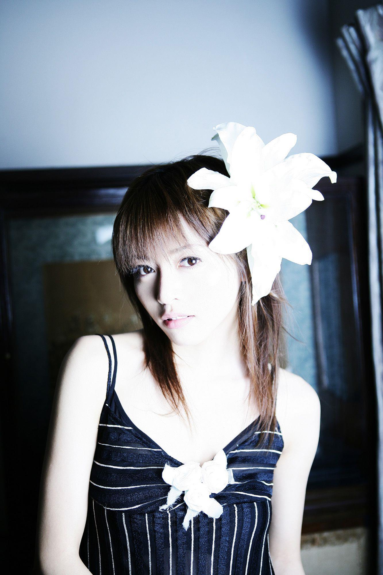 釈由美子 エロ画像 18