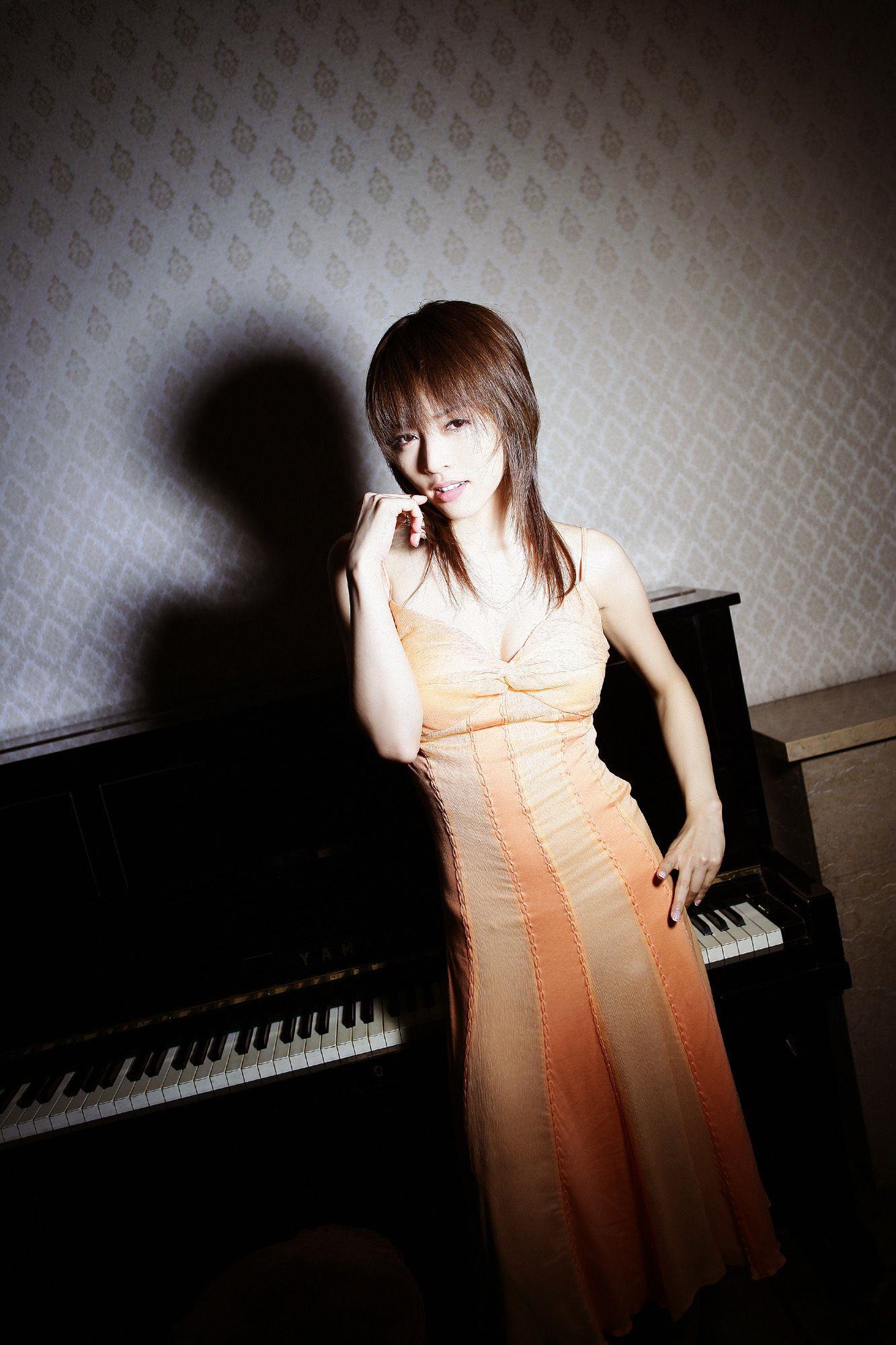 釈由美子 エロ画像 22