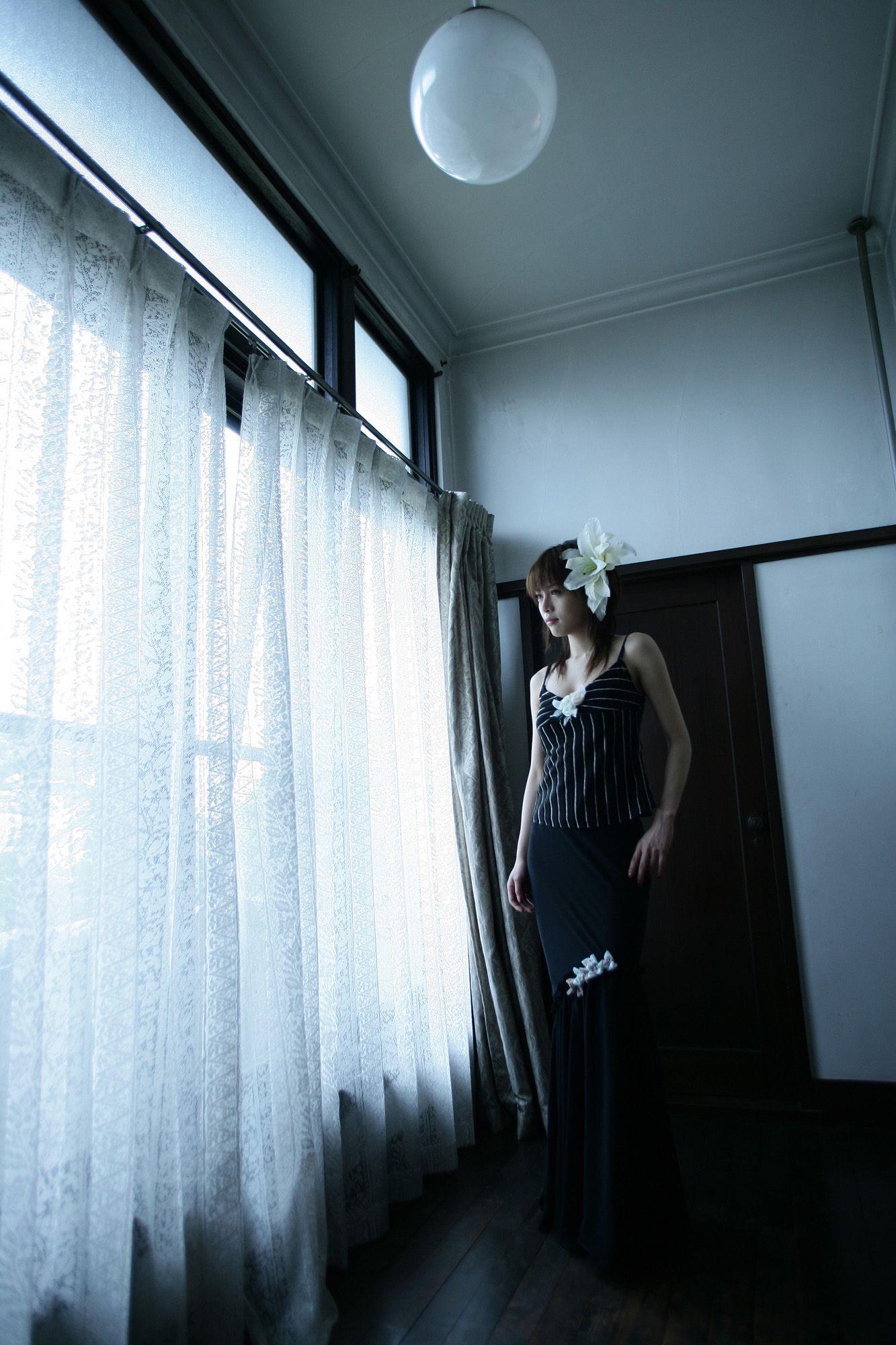 釈由美子 エロ画像 24