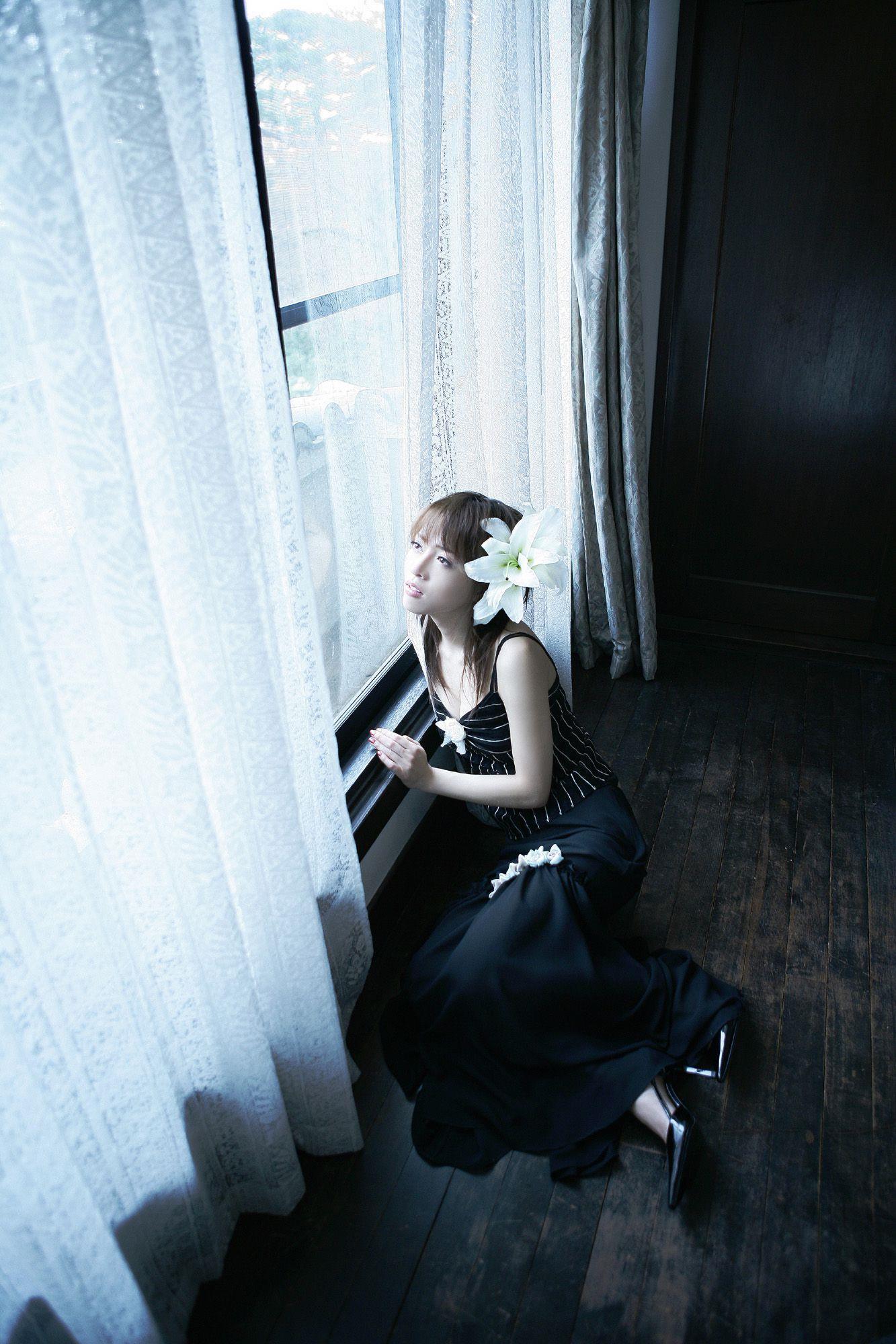釈由美子 エロ画像 34