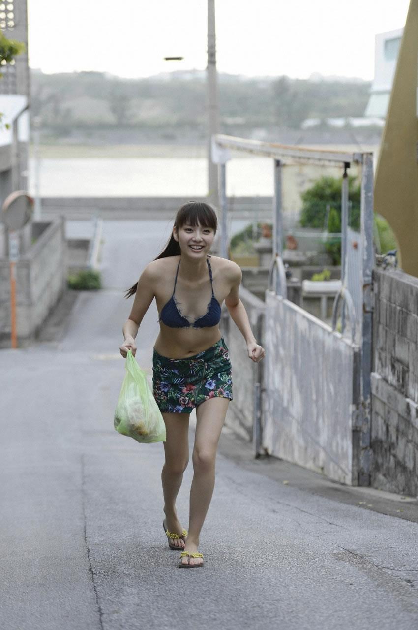 新川優愛 エロ画像 47