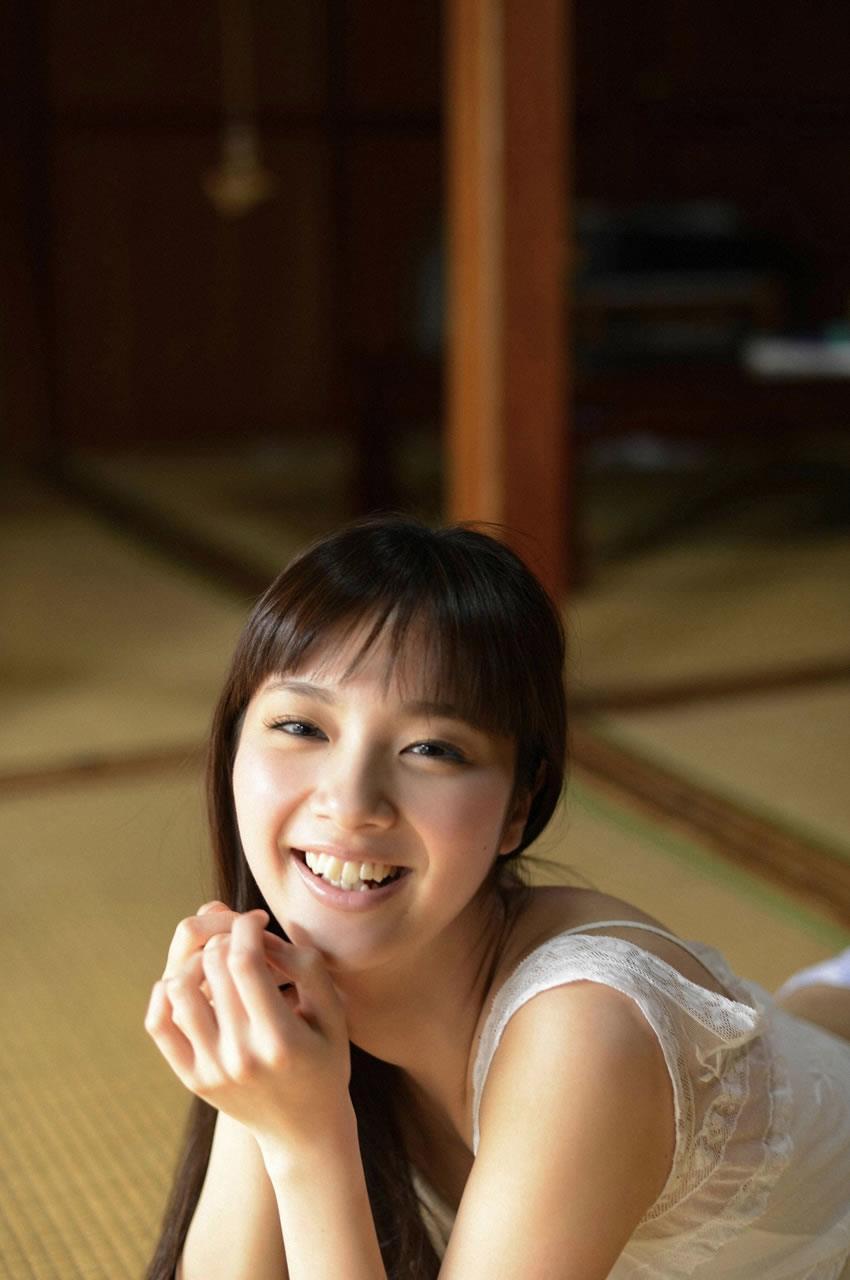 新川優愛 エロ画像 98