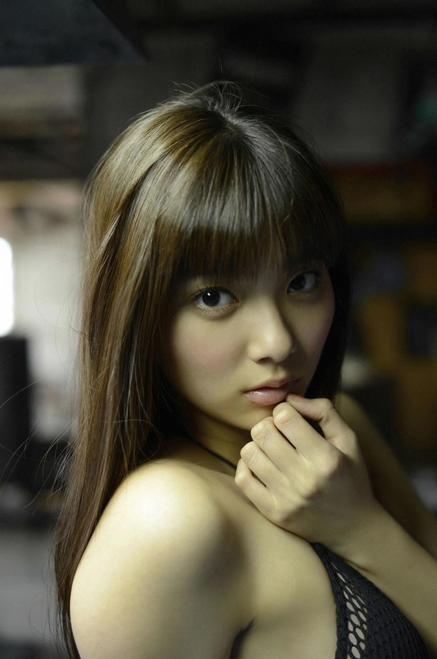 新川優愛 エロ画像 112