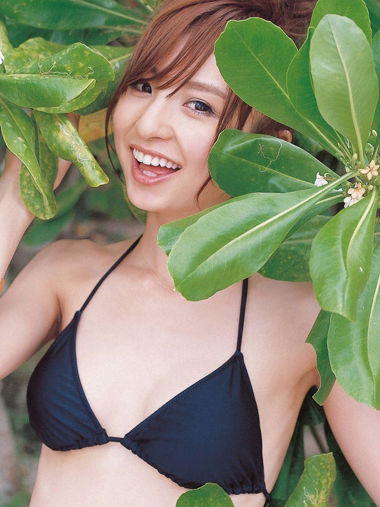 篠田麻里子 エロ画像 24