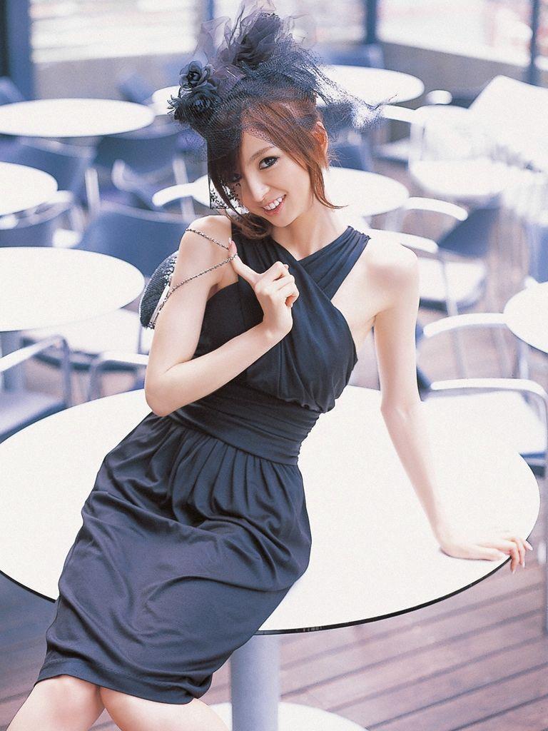 篠田麻里子 エロ画像 85