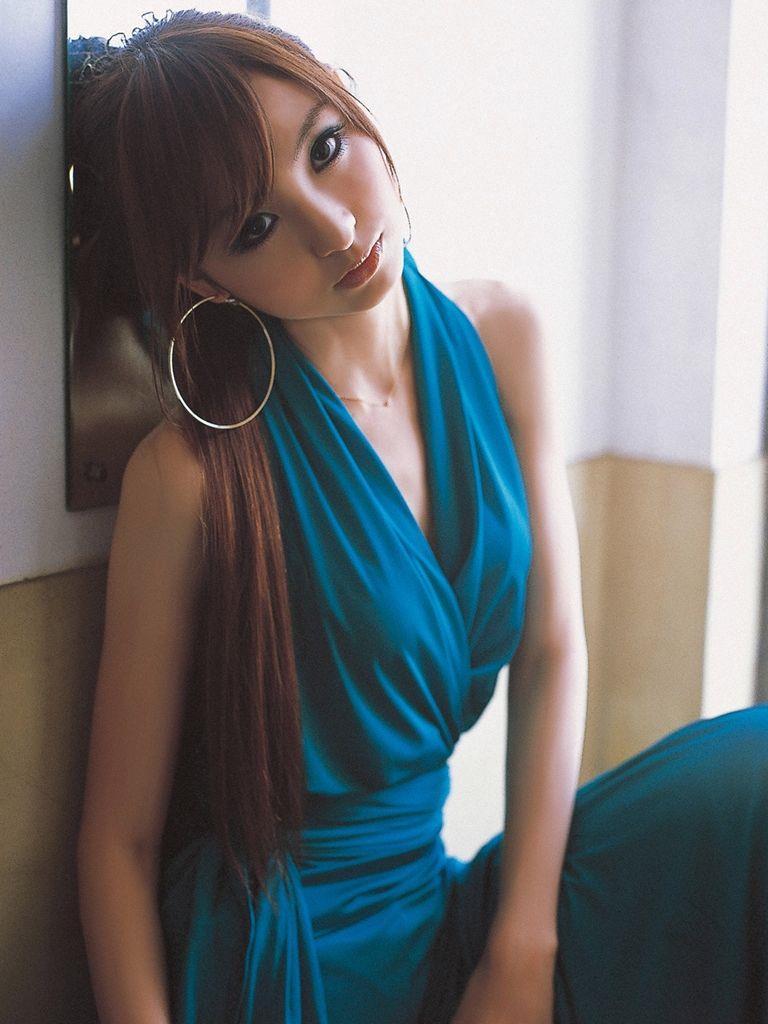 篠田麻里子 エロ画像 86