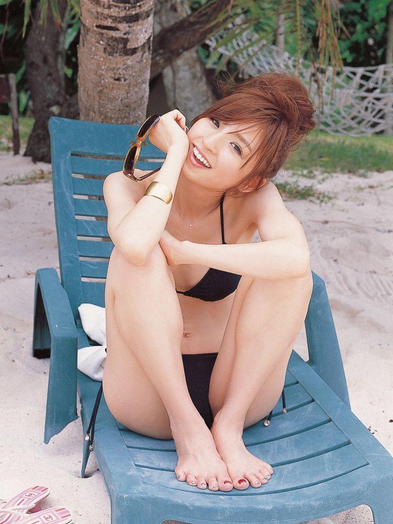 篠田麻里子 エロ画像 98
