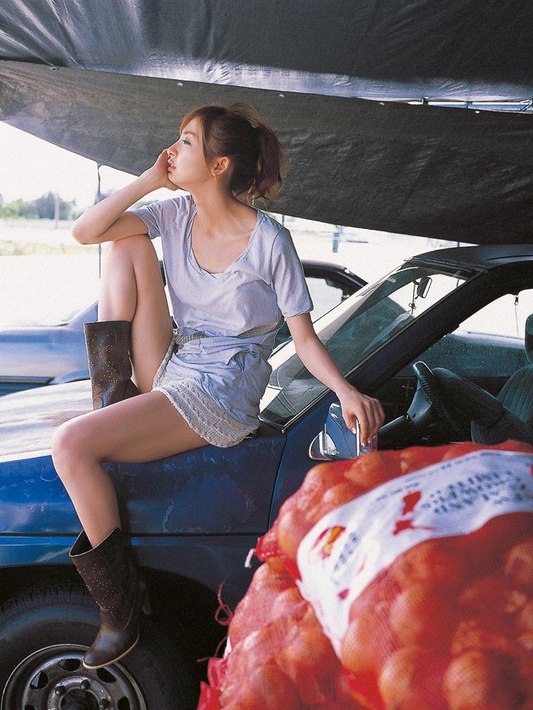 篠田麻里子 エロ画像 99