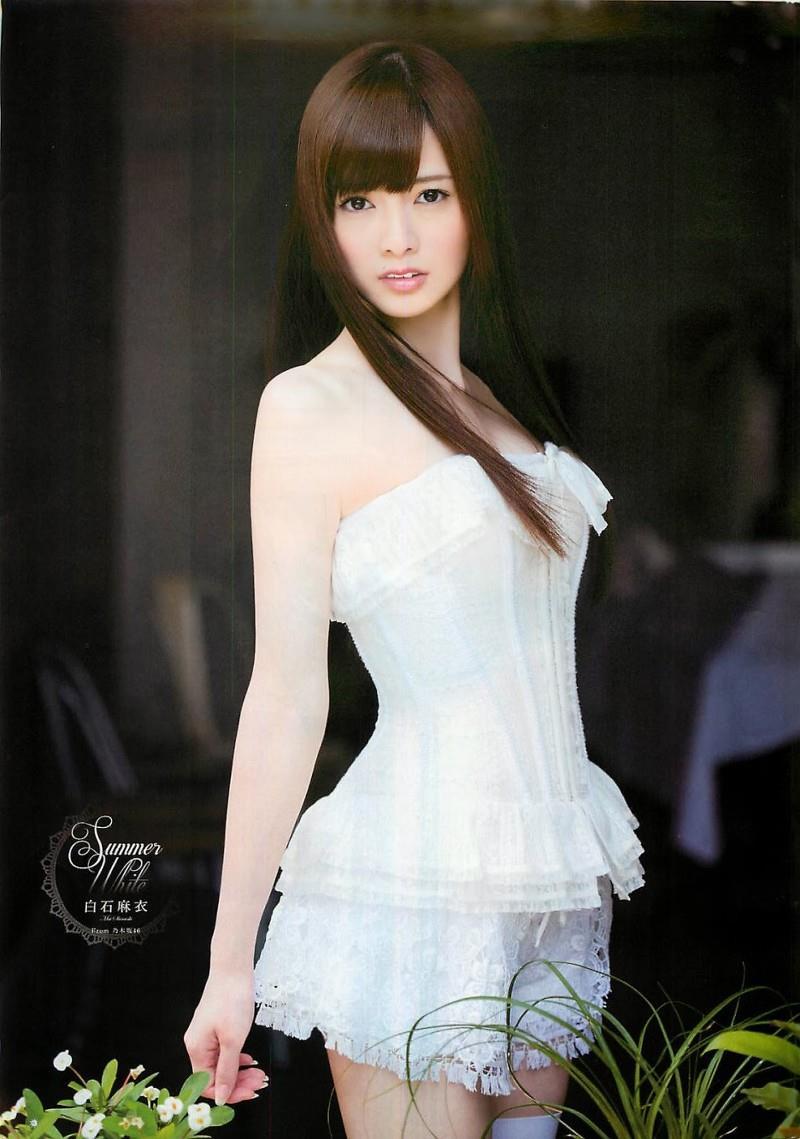 白石麻衣 エロ画像 66