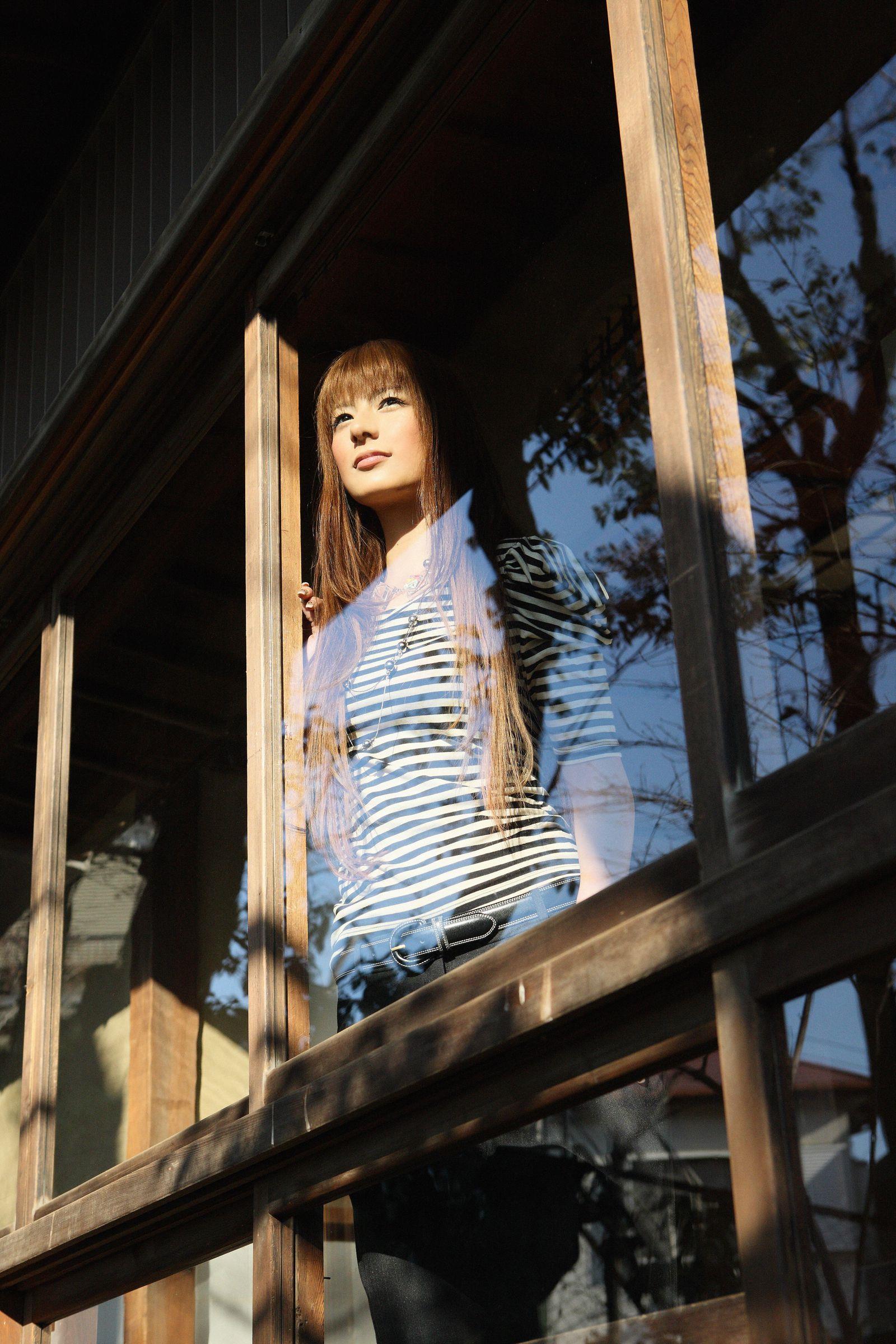 スザンヌ エロ画像 116