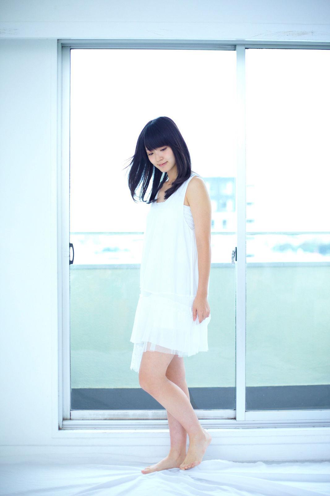 鈴木愛理(℃-ute) セクシー画像 2